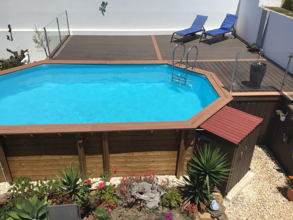 Weva 640 Wooden Pool